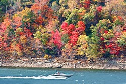 Boat on Table Rock Lake