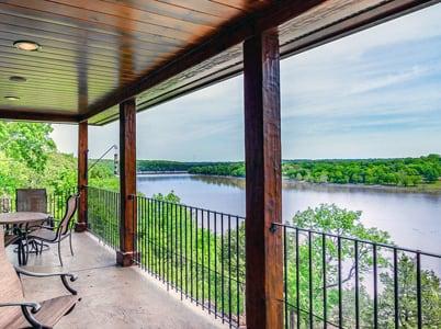Missouri Waterfront Real Estate